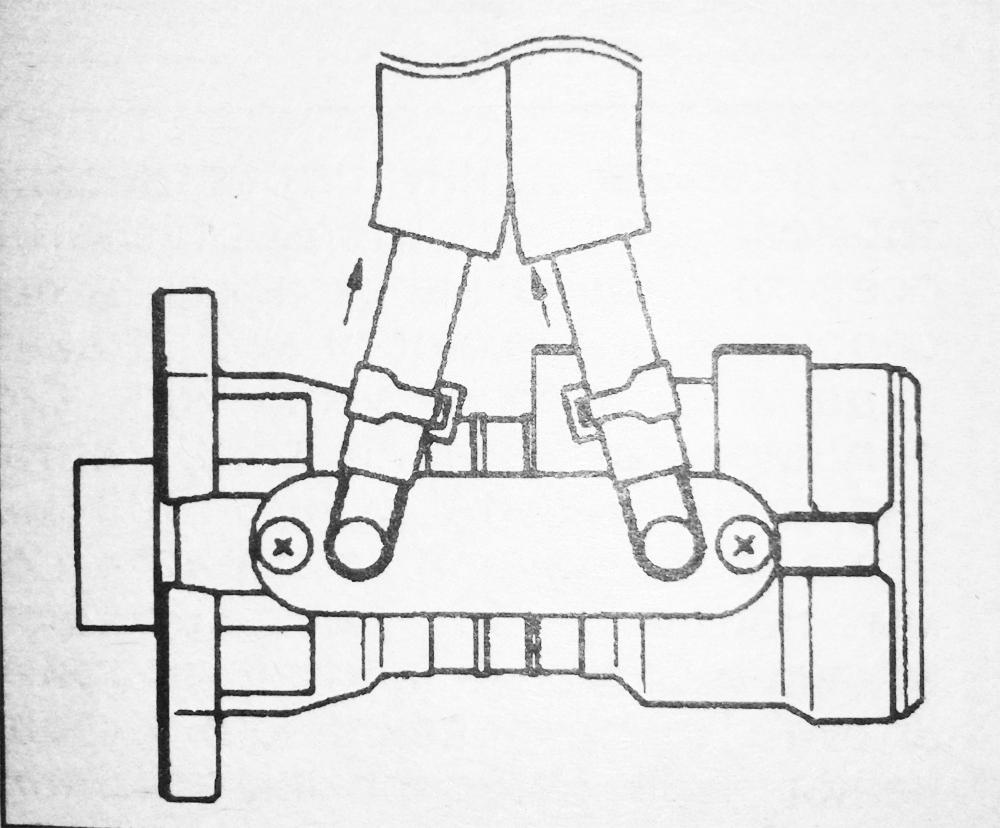 Снятие главного тормозного цилиндра Исузу NQR71 NQR75